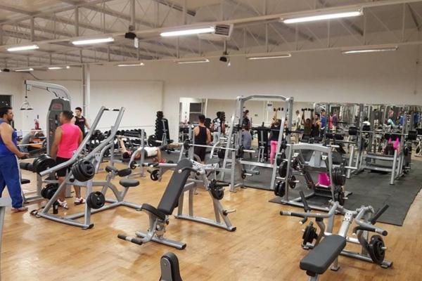 Academia High Five Fitness
